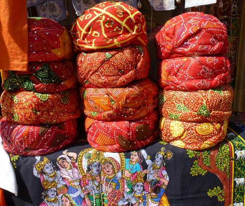 Jaisalmer shopping turban