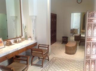 Delhi massage hotel Imperial 2