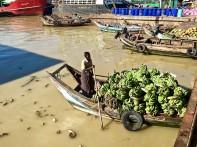 Sur les quais de Yangon.